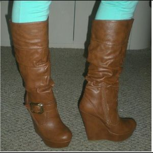 Sz 6.5 Brown Faux leather wedge heel boots